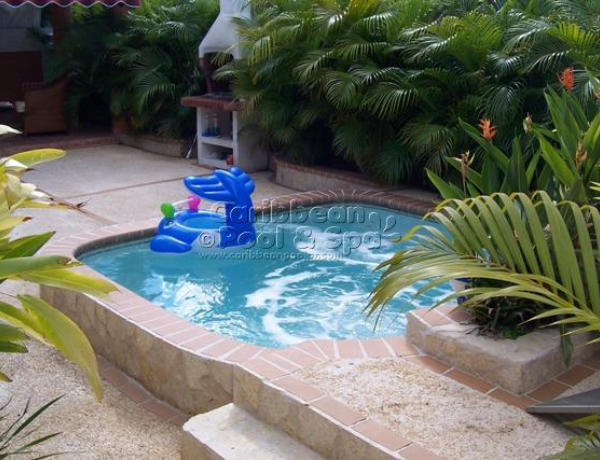 Photo gallery 2 caribbean pool and spa for Albercas en patios pequenos